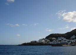 Le petit port de l'île de Panarea
