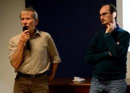 Les responsables des jeux : Jean-Yves, médecin de l'expédition et Sébastien, webmestre du site