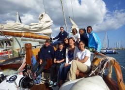 Les matelots avec Karine Rigole, adjointe action sociale, solidarité, accessibilité à la Mairie de Lorient