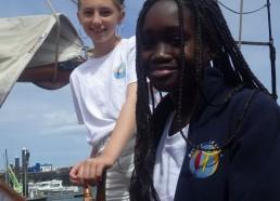 Alissa et Djénaba aux commandes du «Tante Fine»