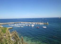 Point de vue sur le port de Houat