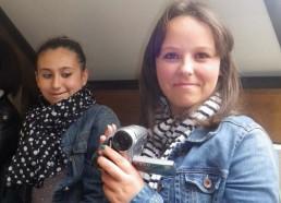 Charlène et Camille prennent possession de la camera