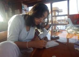 Sonali relate sa journée dans son carnet de bord