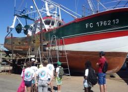 Rénovation d'un bateau de pêche