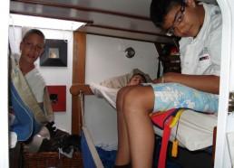 Les garçons dans leur cabine
