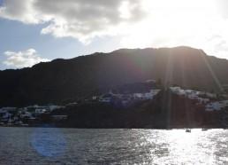 Le petit village au dessus du port de l'île de Panarea