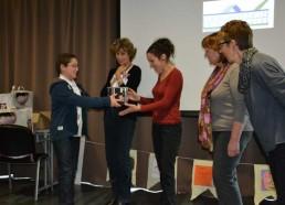 Hugo remet le 2ème prix pour l'hôpital de St Nazaire