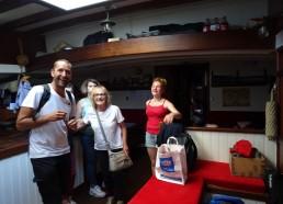 Cette fois visite des adolescents sur notre bateau