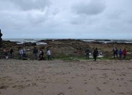 Les Matelots se lancent sur les rochers