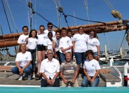 Les matelots, l'équipe encadrante, et l'association