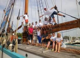 Les Matelots avec Lila, notre marraine, Patrick, le président, Jean-Yves, membre des MDV et Adrien le marin