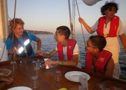 Victor matelot de juillet partage son expédition avec les matelots d'août