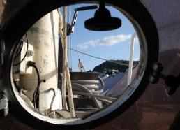 L'île de Panarea vue d'un hublot