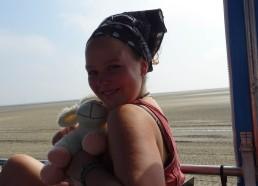 Portrait de Camille avec notre nouvelle mascotte