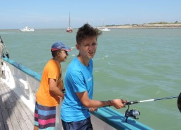 Pascalou en Pêche avec Elias