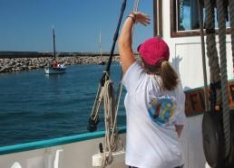 Un coucou aux barques catalanes qui nous suivent