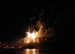 Début du feu d'artifice sur la citadelle de Calvi
