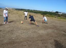 Tentative de Gatien d'intercepter le ballon